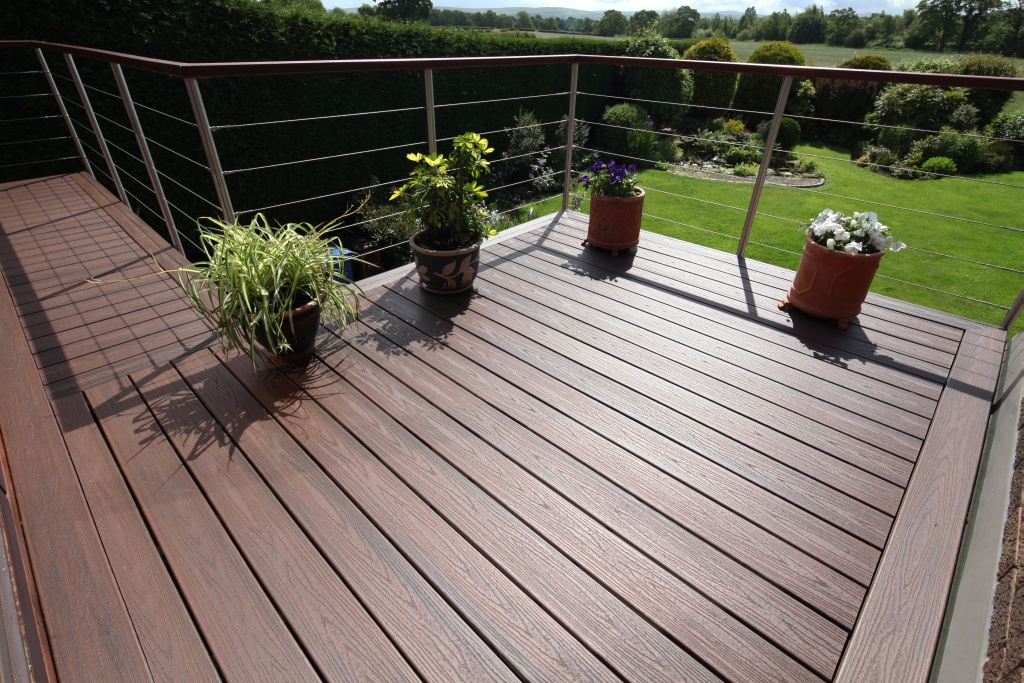 Trex transcend lava rock grooved 16 39 schillings for Compsite decking